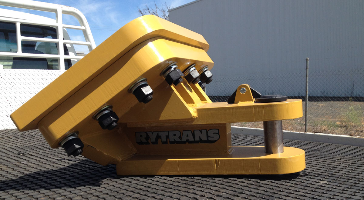 Rytrans Custom Tow Hitch to suit Dozer D8T